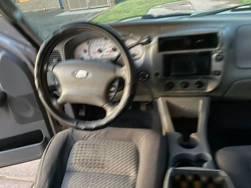 Ford Explorer Sport Trac 2003 price $6,900