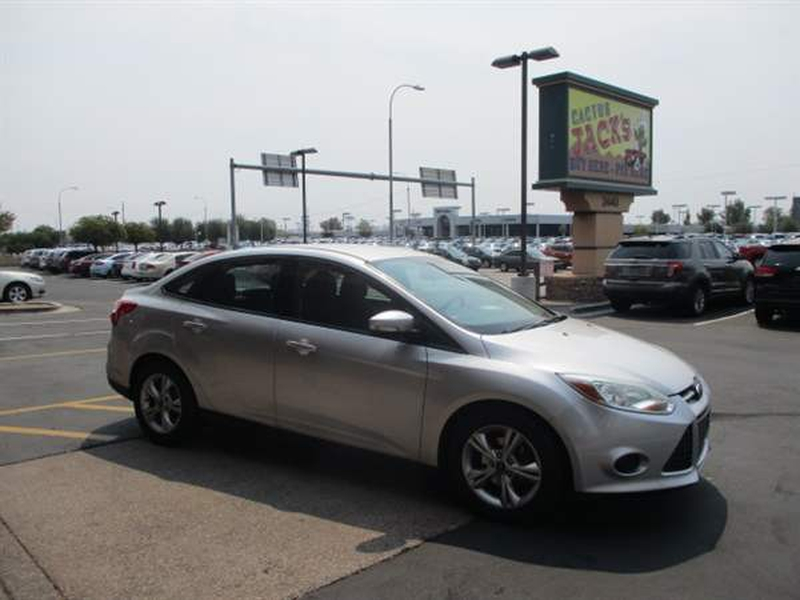 Ford Focus 2013 price $900 Down