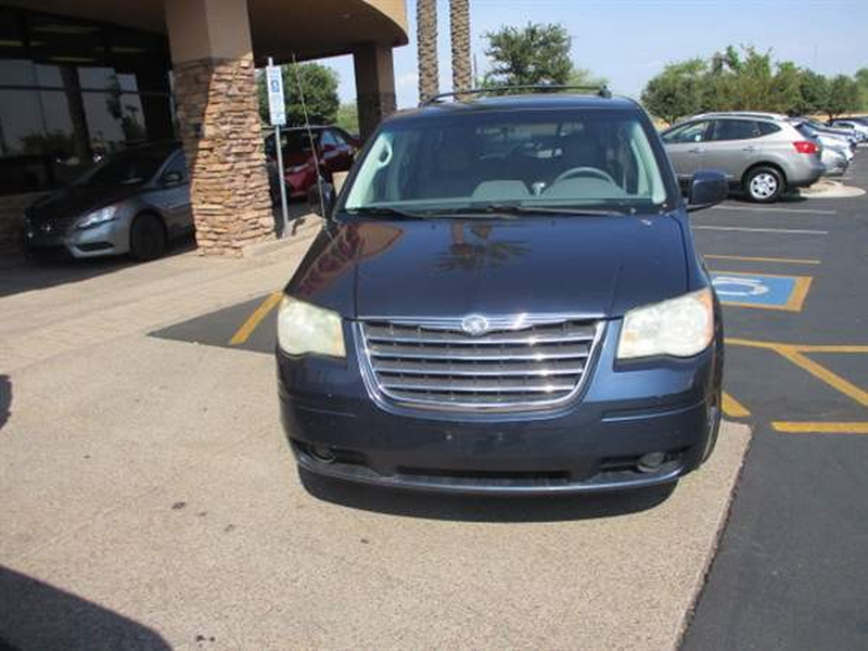 Chrysler TOWN COUNTRY 2008 price $1,100 Down
