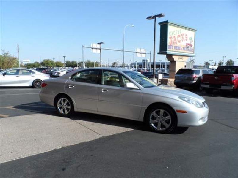 Lexus ES 330 2005 price $1,400 Down