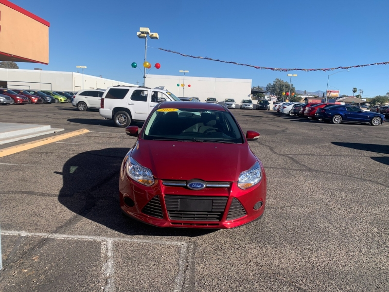 Ford Focus 2013 price $1,200 Down
