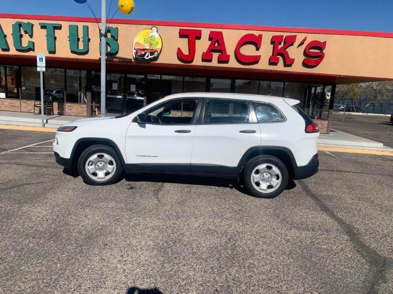 Jeep Cherokee 2015 price $1,700 Down