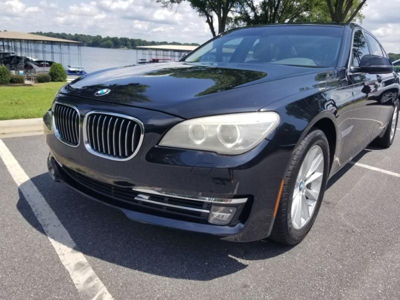 BMW 740 2013 price $18,900