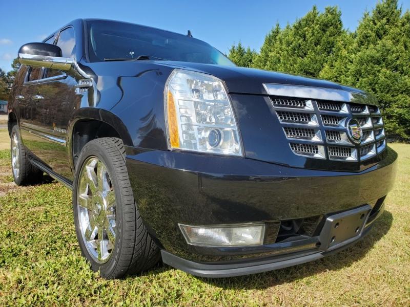 CADILLAC ESCALADE 2011 price $15,499