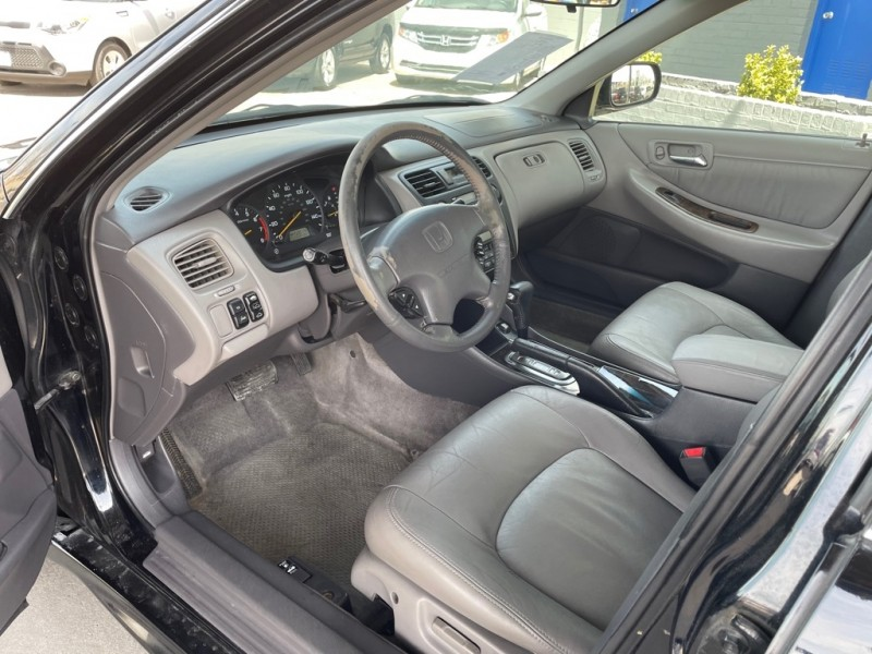 HONDA ACCORD 2002 price $5,950