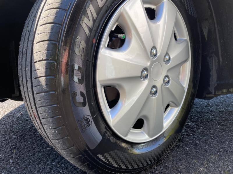 Toyota Camry 2000 price $3,295