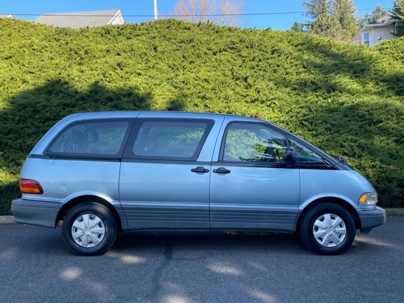 Toyota Previa 1992 price $5,995