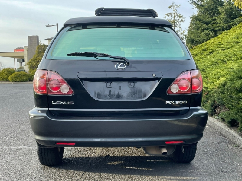 Lexus RX 300 Luxury SUV 1999 price $4,995