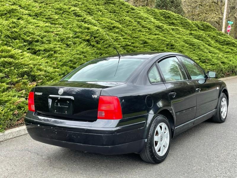 Volkswagen Passat 1999 price $3,495