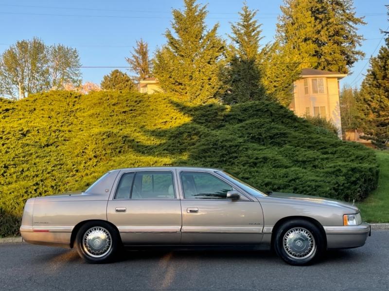 Cadillac d'Elegance 1999 price $4,995