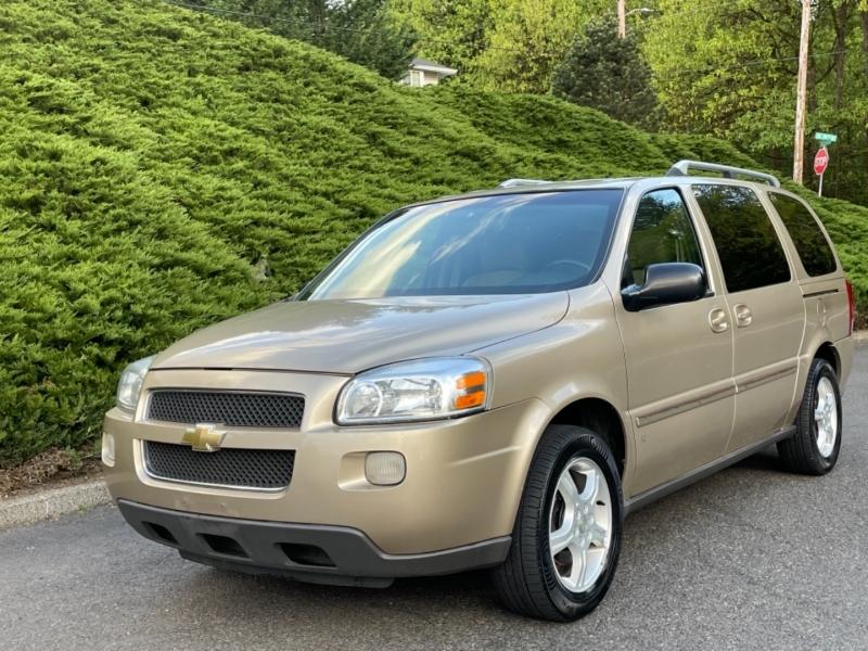 Chevrolet Uplander 2006 price $4,295