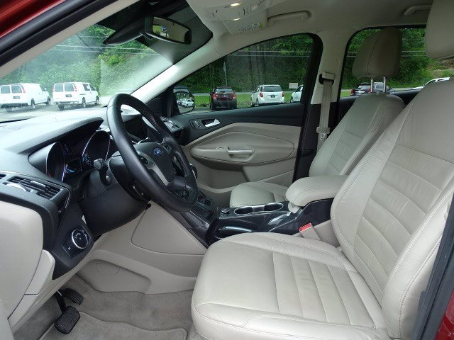 Ford Escape 2015 price $14,981