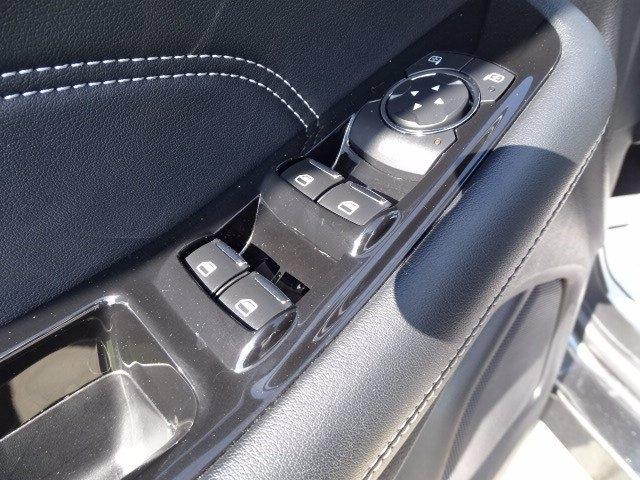 Ford Edge 2019 price $26,998