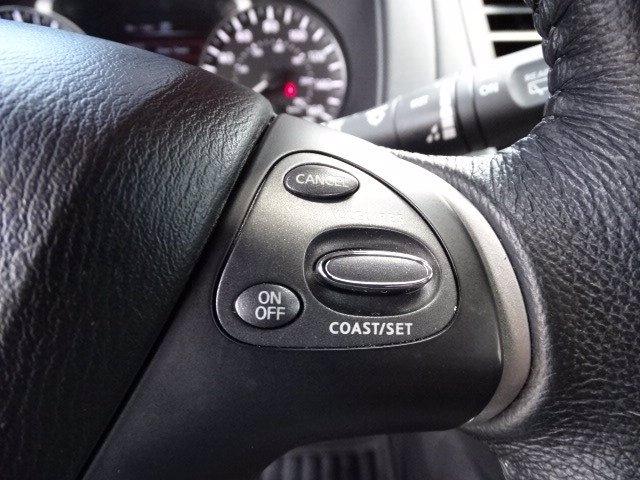 Nissan Pathfinder 2018 price $19,990