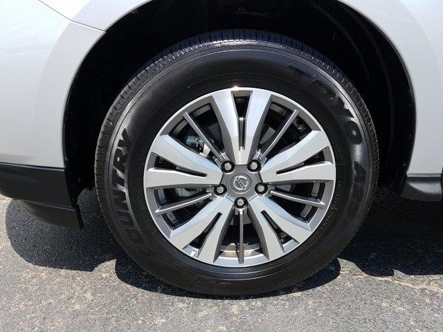 Nissan Pathfinder 2019 price $25,998