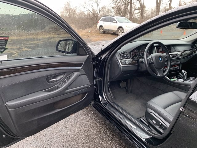 BMW 5 Series 2016 price $26,991
