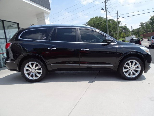 Buick Enclave 2017 price $30,550