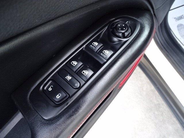 Jeep Compass 2019 price $23,990
