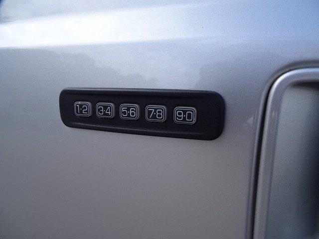 Ford Super Duty F-250 SRW 2012 price $26,998