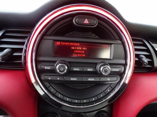 MINI Cooper Hardtop 2014 price $14,550
