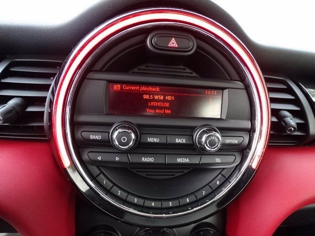 MINI Cooper Hardtop 2014 price $12,500