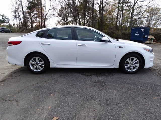 Kia Optima 2016 price $16,990