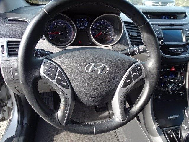 Hyundai Elantra 2016 price $10,990