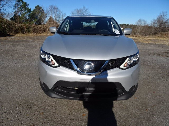 Nissan Rogue Sport 2019 price $16,550