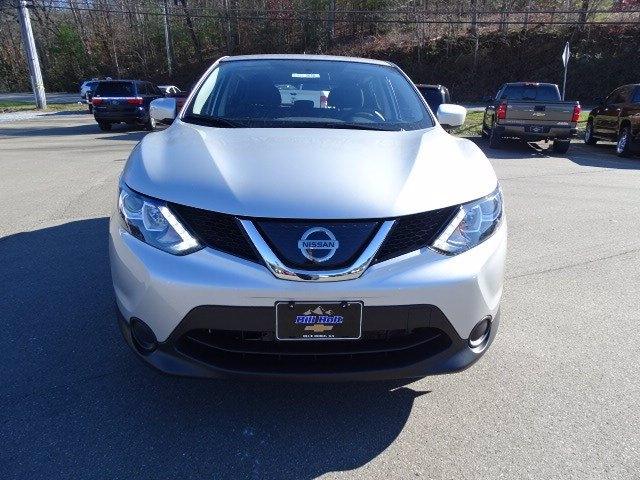 Nissan Rogue Sport 2019 price $17,998