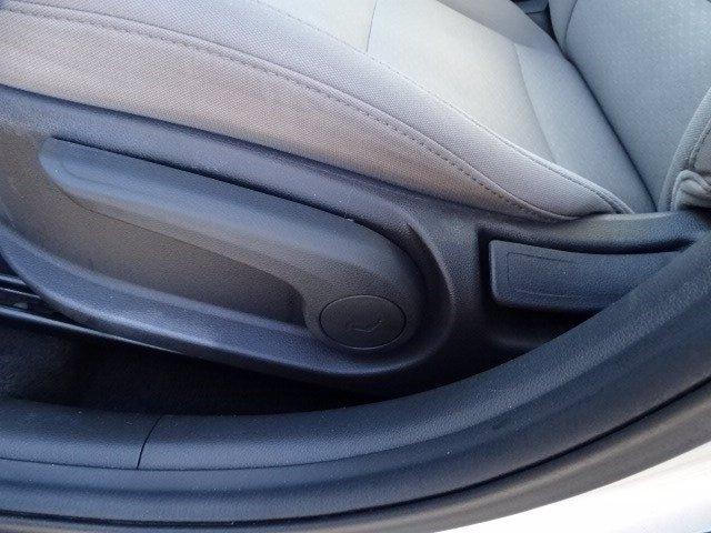 Hyundai Elantra 2019 price $15,991