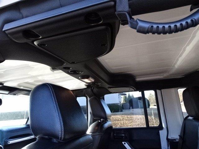 Jeep Wrangler Unlimited 2015 price $27,990