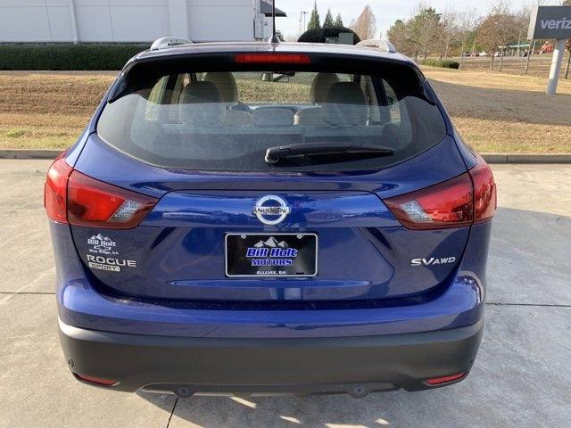 Nissan Rogue Sport 2019 price $18,998
