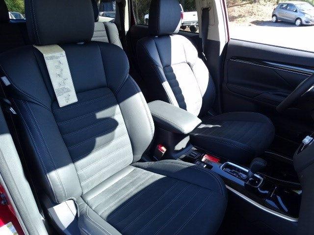 Mitsubishi Outlander 2020 price $25,990