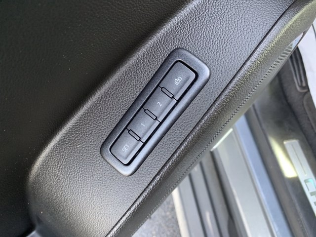 Chevrolet Tahoe 2019 price $42,998