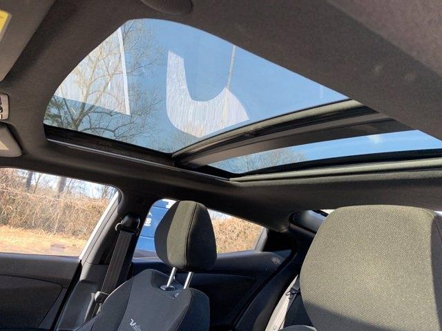Hyundai Veloster 2017 price $14,990