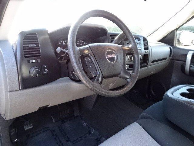 GMC Sierra 1500 2007 price $10,990