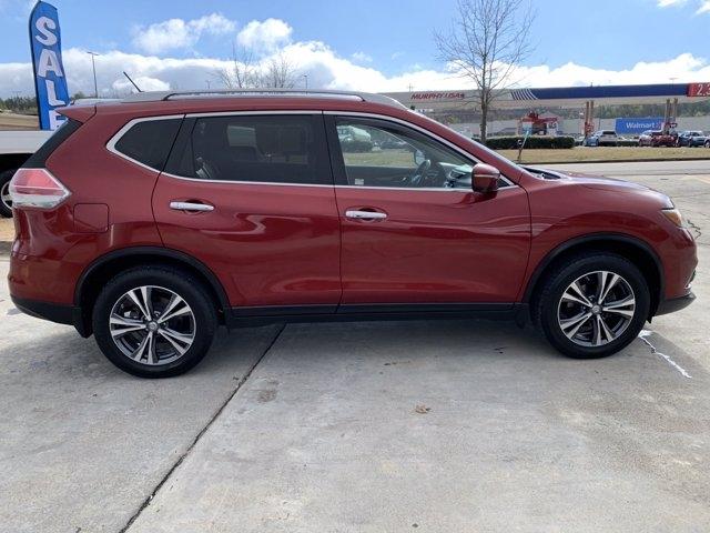 Nissan Rogue 2015 price $17,990