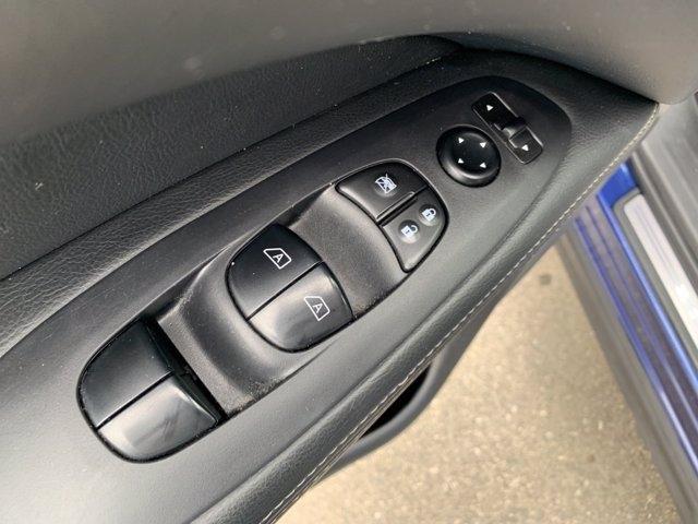 Nissan Pathfinder 2019 price $23,998
