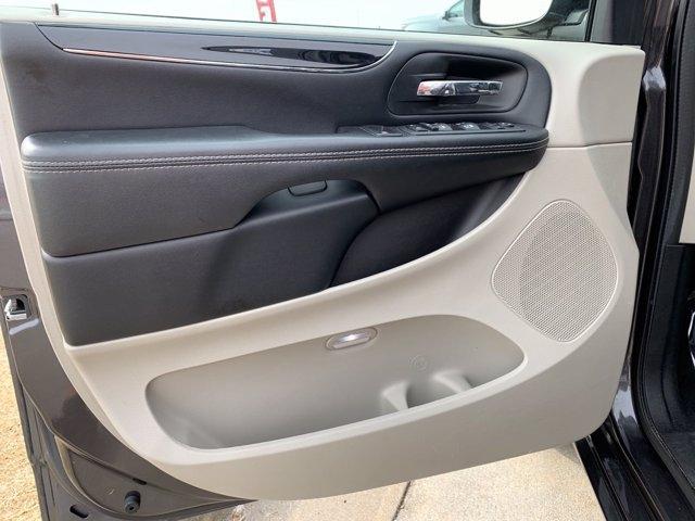 Dodge Grand Caravan 2019 price $19,988