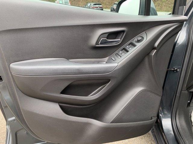 Chevrolet Trax 2018 price $16,559