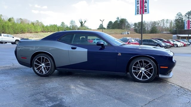 Dodge Challenger 2015 price $35,905