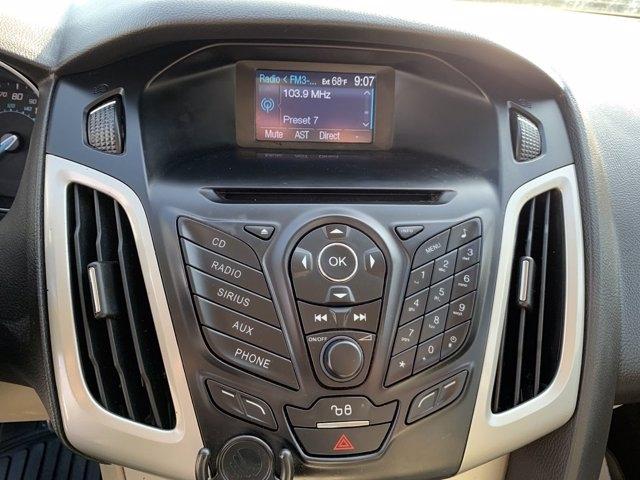 Ford Focus 2012 price $7,990