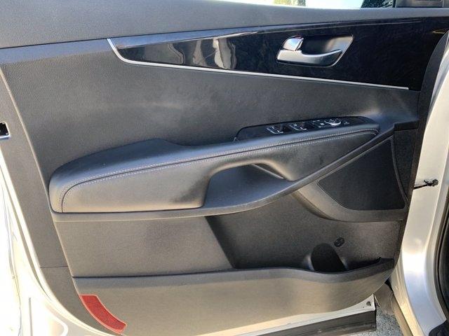 Kia Sorento 2018 price $23,445