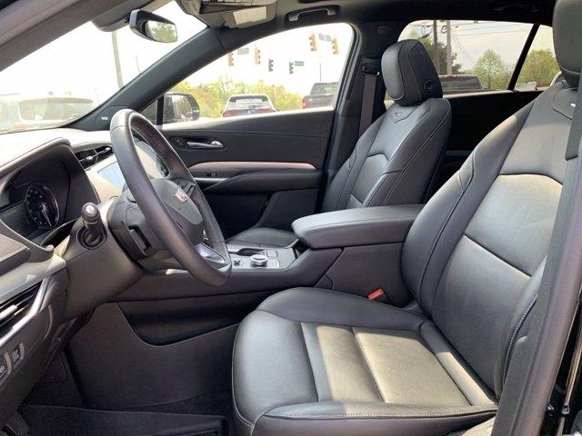 Cadillac XT4 2019 price $35,911
