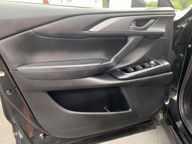 Mazda CX-9 2018 price $26,951