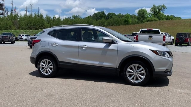 Nissan Rogue Sport 2018 price $19,998
