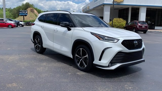 Toyota Highlander 2021 price $45,990