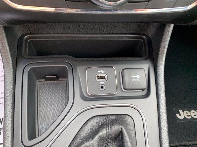 Jeep Cherokee 2019 price $25,050