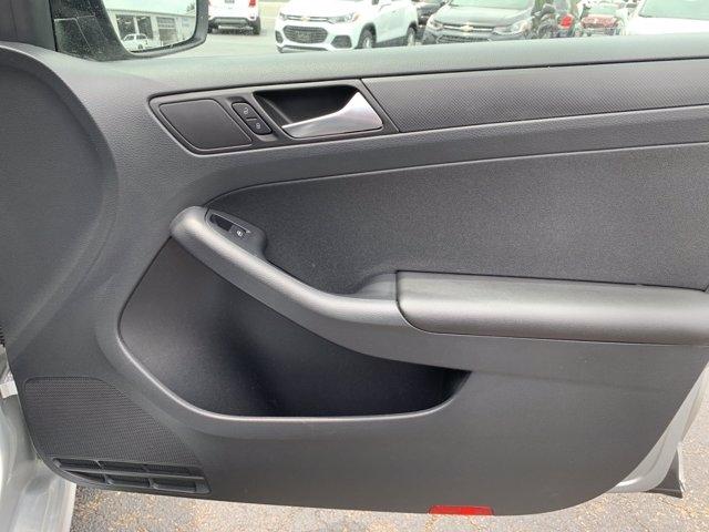 Volkswagen Jetta Sedan 2015 price $12,998
