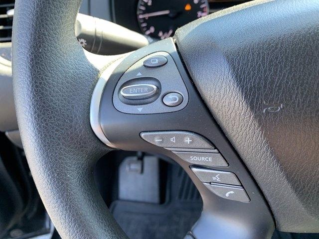 Nissan Pathfinder 2017 price $30,520